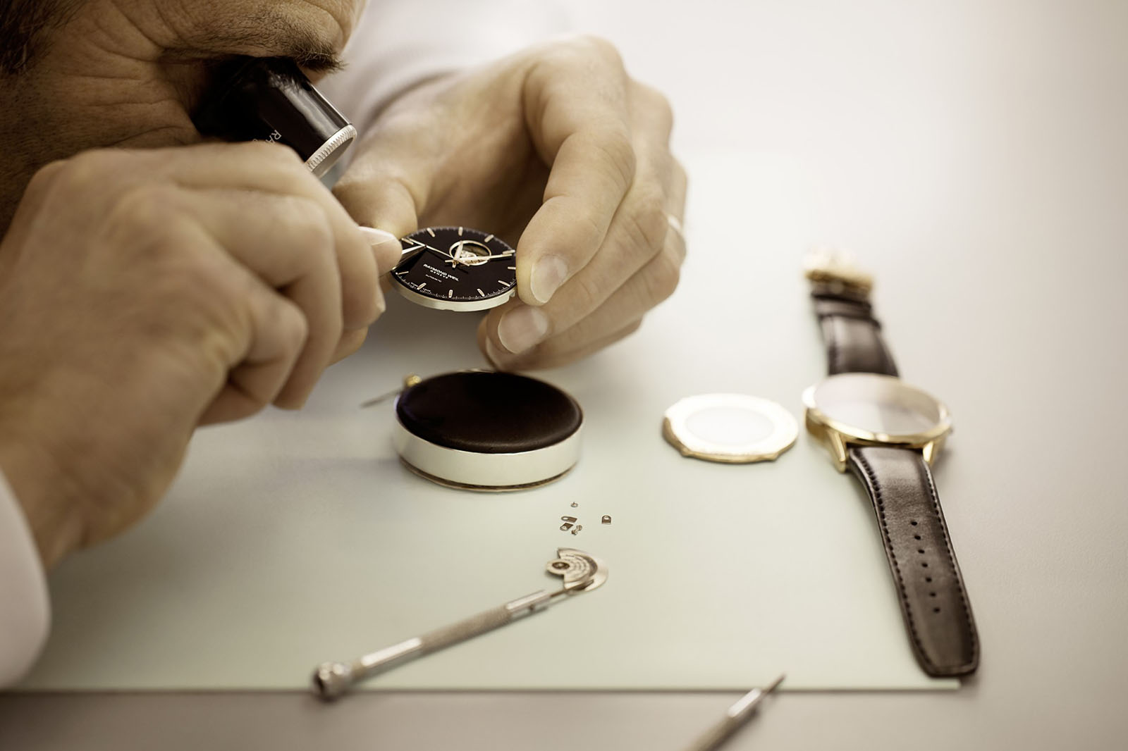 Raymond Weil, Watch Service Finland ja Kelloharrastajat esittävät: Experience the Art of Watchmaking